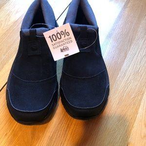 NWT Salomon Snowclog Shoes Womens 7 Black